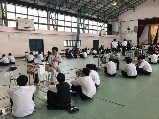 「キャリアサポート 聞いて・感じて・地域と繋がろう」in明誠高等学校
